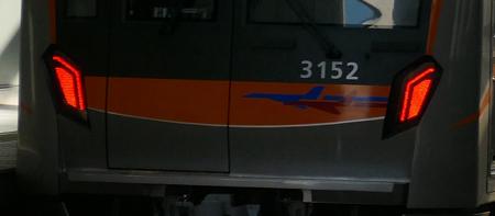 315210